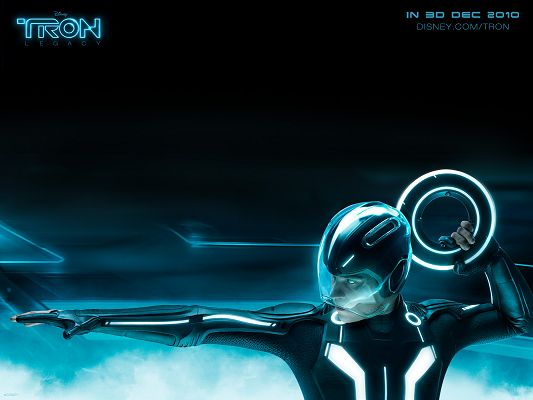 click to free download the wallpaper--TRON Legacy Disney 3D Movie Post in Pixel of 1600x1200, Man Throwing His Weapon, the One He is Aiming at Will be in Trouble - TV & Movies Post