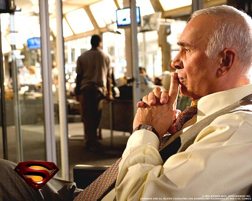 click to free download the wallpaper--TV & Movie Posters, Superman Old Man, He is Still Imposing and Thoughtful
