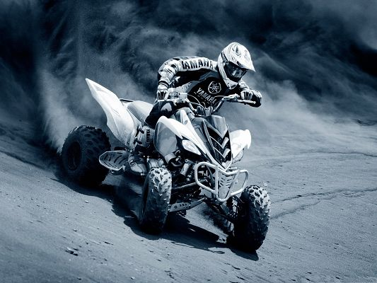 click to free download the wallpaper--TV Racing Wallpaper for Widescreen, Great Racer on Desert, Incredible Look