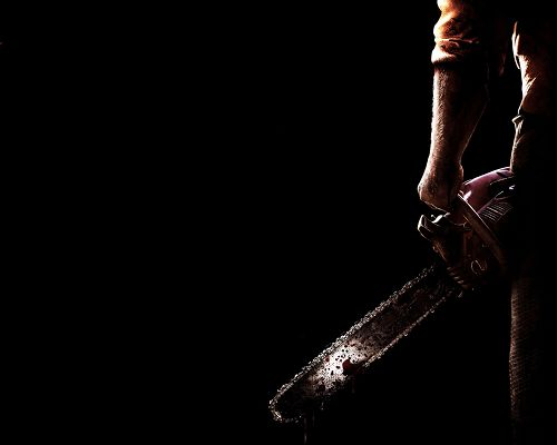 click to free download the wallpaper--Texas Chainsaw Massacre in 1280x1024 Pixel, a Cruel and Pitiless Man, Weapon is Still Bleeding, Keep a Distance from Him - TV & Movies Wallpaper