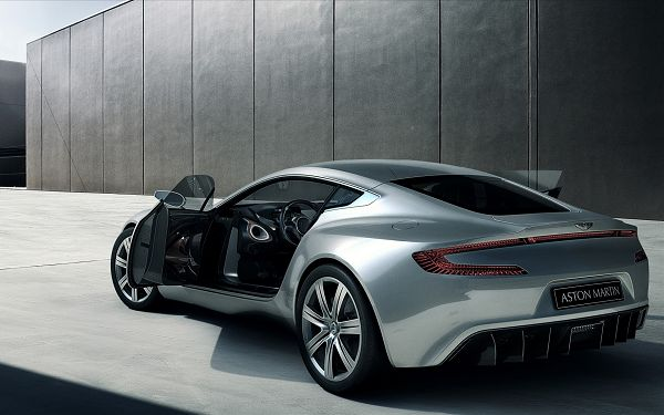 The Decent Car in Stop, Both Doors Are Open, It is Like a Bird About to Fly, Perfect Surrounding Scenes - HD Aston Matin Wallpaper