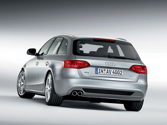 click to free download the wallpaper--Top Car Image as Background, Audi A4 Avant Car Turning a Corner, Nice Look