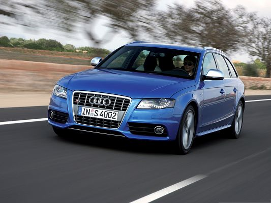 click to free download the wallpaper--Top Cars as Wallpaper, Audi S4 Avant Car on Flat Road, Great in Look