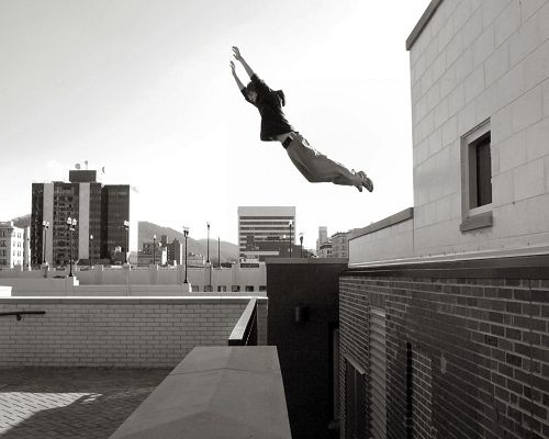 Top Cool Sport Post, Boy in Parkour, Black and White Style, Can't Find His Extremity