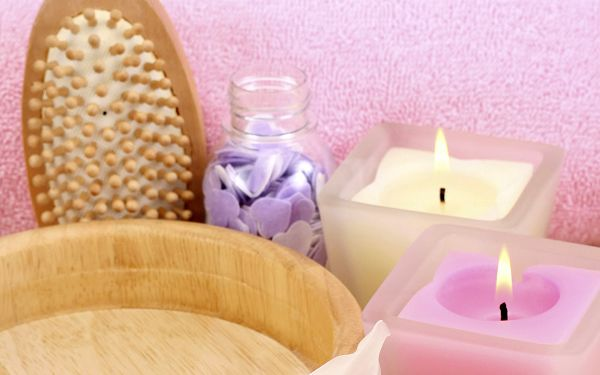 Two SPAs Put Next to Bath Basin, Available in Pink and Yellow, They are Good-Looking and Yummy - HD Widescreen SPA Wallpaper