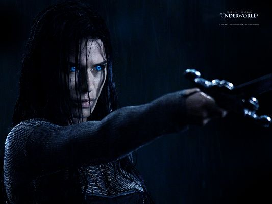 click to free download the wallpaper--Underworld Rise of Lycons Post in 1600x1200 Pixel, Eyes Are Like Blue Pearls, Generating Great Light, She is Gorgeous in Look - TV & Movies Post