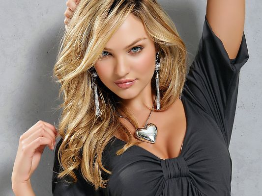 Victoria's Secret Supermodel with Great Outlook, She Never Fails to Attract Attention, Really Good-Looking and Sexy - HD Candice Swanepoel Wallpaper