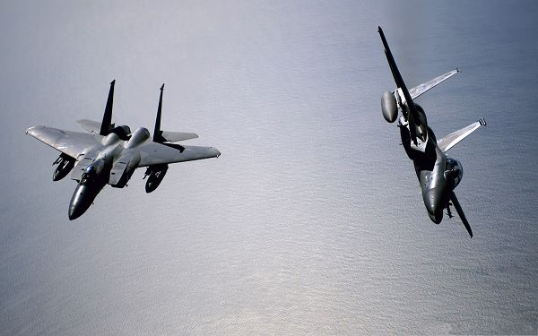 click to free download the wallpaper--War Airplane Wallpaper, Two Planes in the Fly, Impressive Look