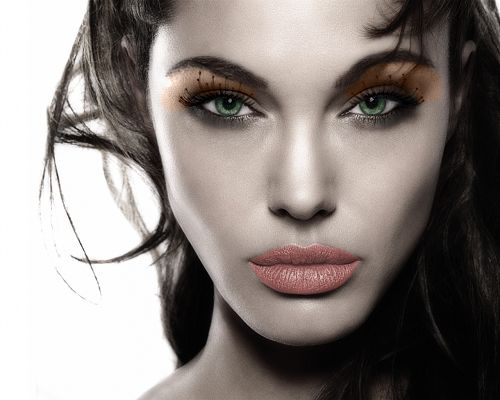 Well-Known Actresses Wallpaper, Angelina Jolie is in Thick Cosmetics, Perfect Face, Unbelieveable Beauty