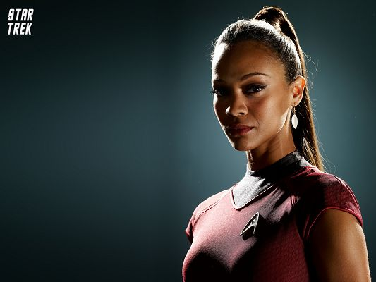 click to free download the wallpaper--Zoe Saldana as Uhura in Star Trek Post in 1600x1200 Pixel, Lady Looking at the Shot, You Can Get Amazed - TV & Movies Post