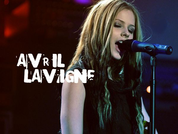 free wallpaper: beautiful singer Avril ,click to download