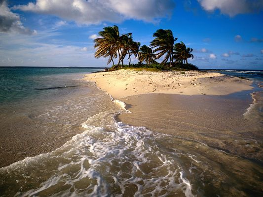 free wallpaper of Sandy Island Caribbean,click to download
