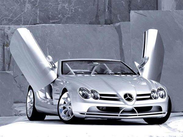 free wallpaper of a silvery Benz ,click to download