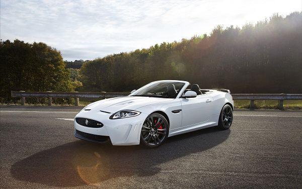 Free Wallpaper Of Car: A White Jaguar Convertible 2012