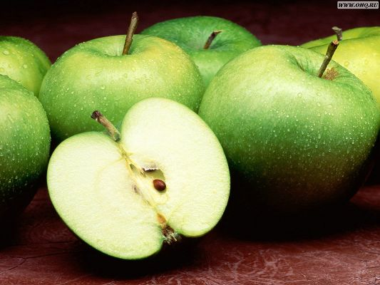 free wallpaper of fruits-green apples,click to download