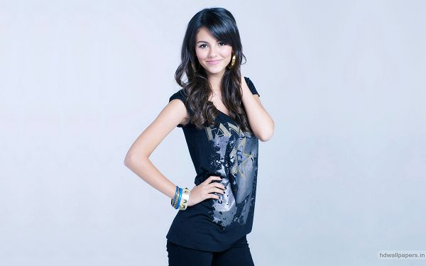 free wallpaper of singer star-Victoria Justice,click to download