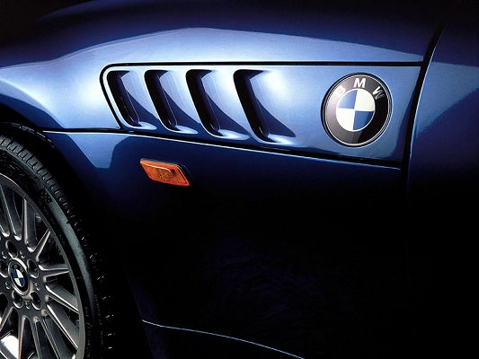 Free Wallpaper Of The Outstanding Car-BMW