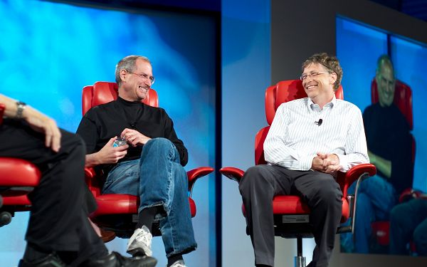 free wallpaper of two genius: Steve Jobs and Bill Gates ,click to download