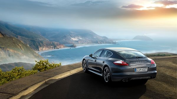 High Quality Of Wallpaper:Porsche Panamera Turbo S