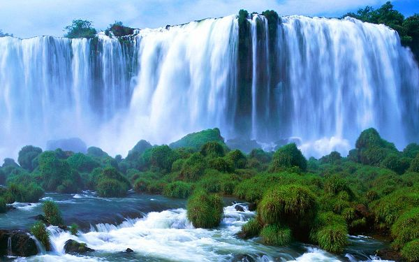 natural scenery wallpaper: Victoria falls  ,click to download