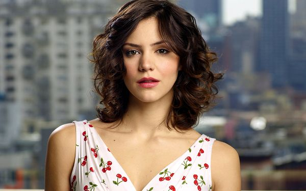 wallpaper of a singer - Katharine McPhee,click to download