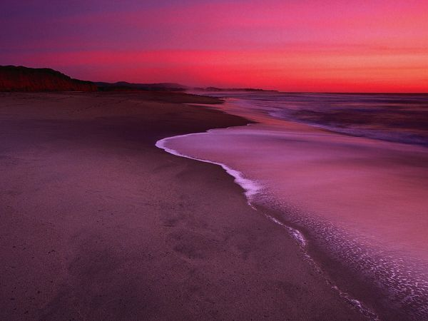 wallpaper of beach: the stunning sunset scenery of beach  ,click to download