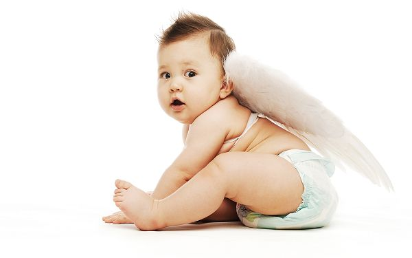 wallpaper of cute baby: angel baby with wing ,click to download
