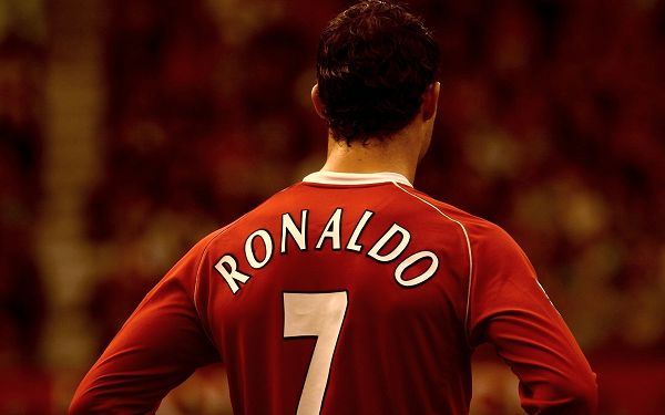 Wallpaper Of Football Legend - Cristiano Ronaldo