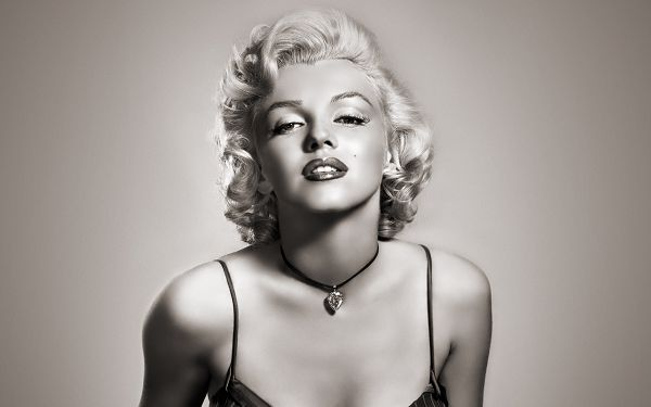 Wallpaper Of Star: The Sexy Symbol - Marilyn Monroe