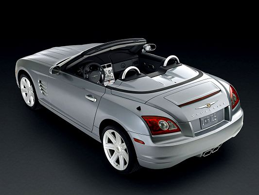 wallpaper of the finest car in the world-Crossfire,click to download