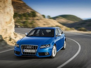 Super Cars as Wallpaper, Audi S4 Avant Car in Incredible Speed, Great Driving Experience