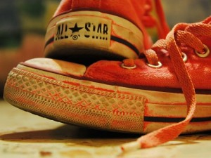 Background Wide Wallpaper - Converse Red Sneakers, Nice-Looking and Fit
